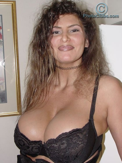 Tits without bra and nipples hard that passion 2